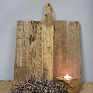Verweerde oud houten snijplank - vierkant
