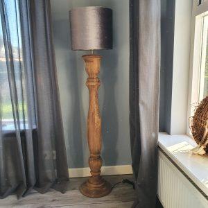 Houten vloerlamp 125 cm