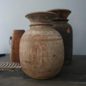 Oude Nepalese kruik