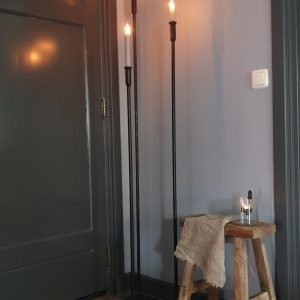 Metalen vloerkandelaar - 120 cm